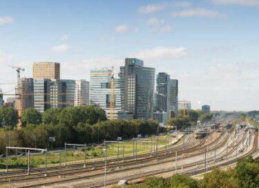 Adobestock 225875859 gebouwen duurzame warmte stroom kantoren zuidas kleiner