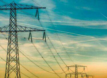Adobestock 234632755 energietransitie hoogspanningsstations kleiner