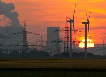 Adobestock 261925415 fossiel wind energie