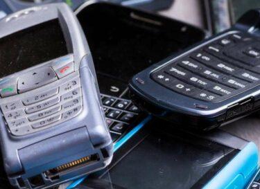 Adobestock e waste telefoons