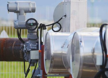 Adobestock geothermie buizen pomp