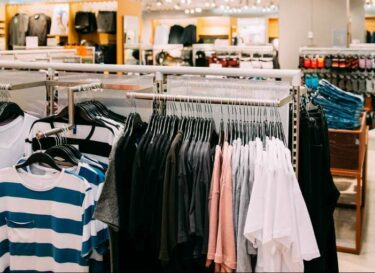 Adobestock kledingwinkel