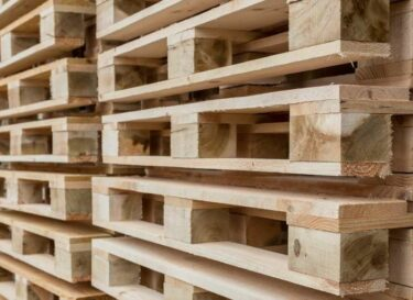 Adobestock pallets hout