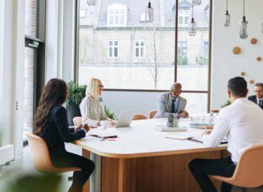 Adobestock vrouwen diversiteit financieel presteren
