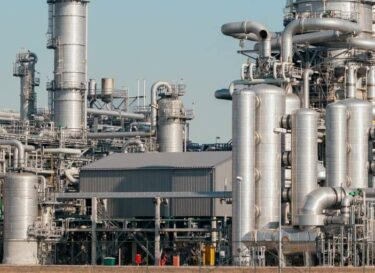 Change inc pijpleiding gas fossiele brandstof reactor adobe stock