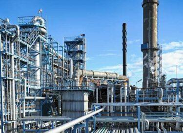 Olieraffinaderij adobe stock