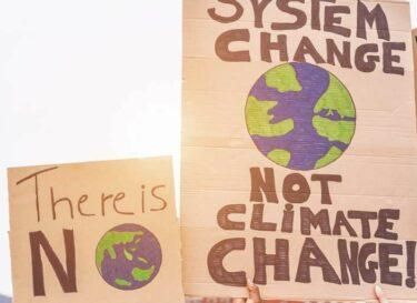 Protest klimaat planeet adobe stock