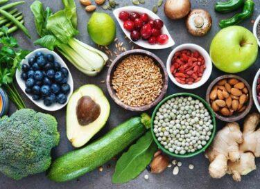 Voeding gezond adobe stock avocado