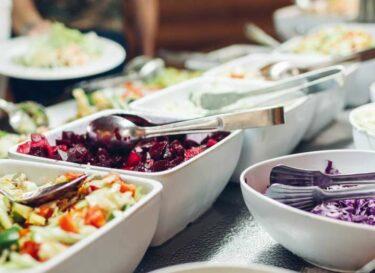 Voedselverspilling bedrijfsrestaurant adobestock
