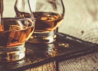 Whiskey schots duurzaam adobe stock