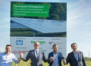 Zonnepark oranjepoort emmen onthulling bouwbord